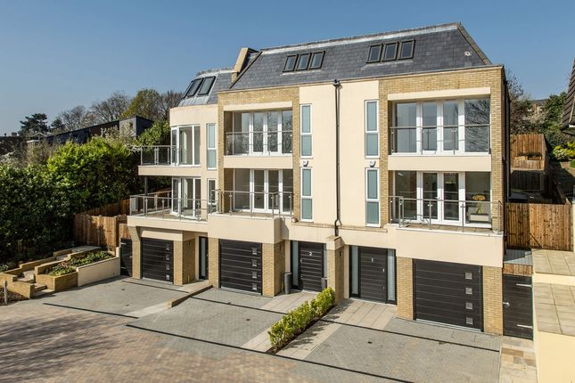 Thumbnail Terraced house for sale in Thackeray Close, Wimbledon Village