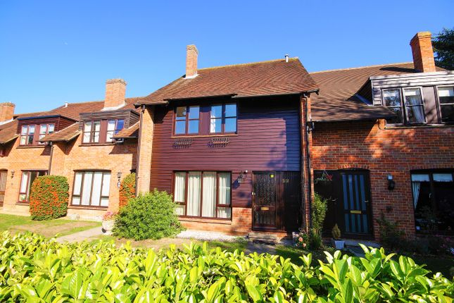 Thumbnail Terraced house to rent in Abbey Walk, Great Missenden