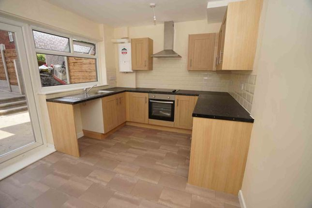 Thumbnail Town house to rent in Derwent Close, Horwich, Bolton