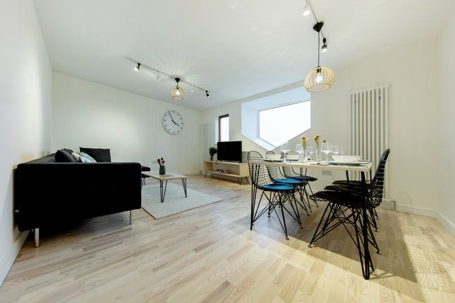 Thumbnail Flat for sale in Queens Road, London, London