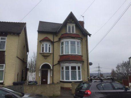 Thumbnail Flat to rent in Oval Road, Erdington, Birmingham