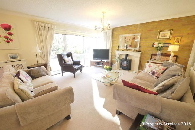 Living Room of Highfields, Cuffley, Potters Bar EN6