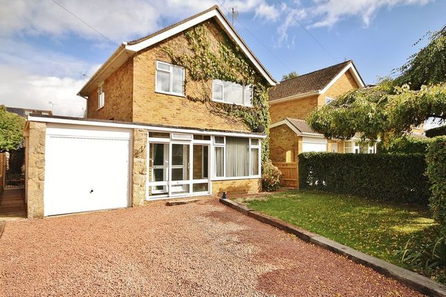 Thumbnail Detached house for sale in Long Hanborough, Isis Close