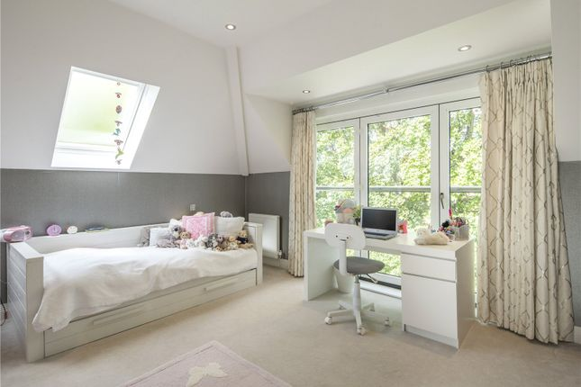 Bedroom of Dinton Road, Kingston, Surrey KT2