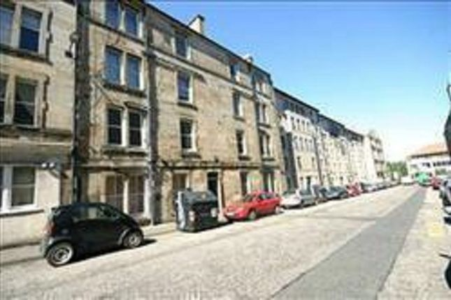 Thumbnail Flat to rent in Yeaman Place, Polwarth, Edinburgh