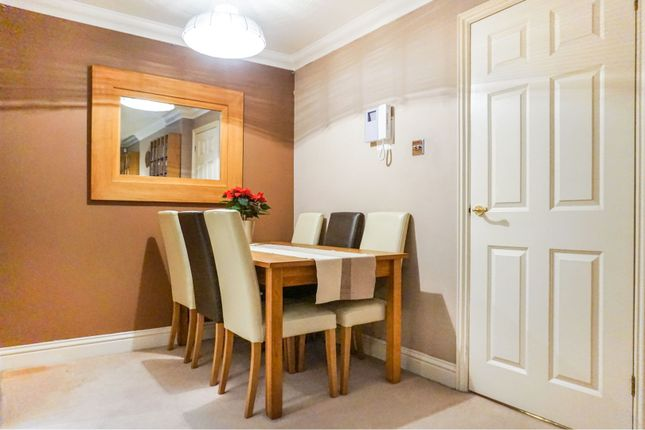 Dining Area of 80 London Road, Maidstone ME16