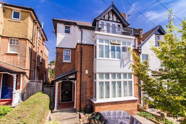 Thumbnail Flat for sale in Glebe Avenue, Woodford Green
