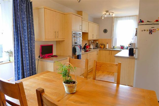 Thumbnail Detached bungalow for sale in Quemerford, Calne, Calne