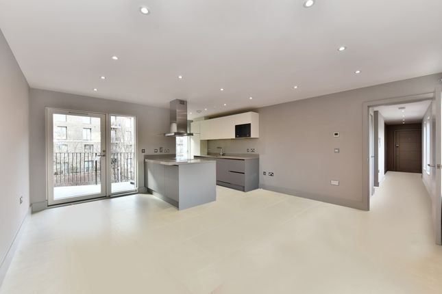 Thumbnail Flat for sale in 29 Doggett Road, Catford