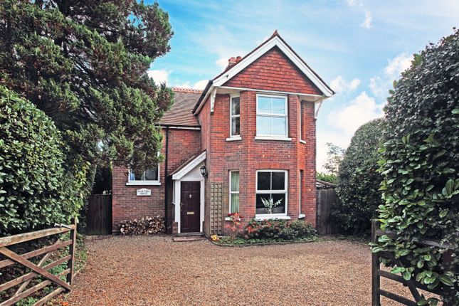 Thumbnail Detached house for sale in Mutton Hall Hill, Heathfield
