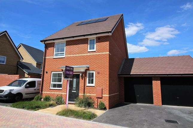 Thumbnail Detached house for sale in Ashridge Close, Stanford-Le-Hope