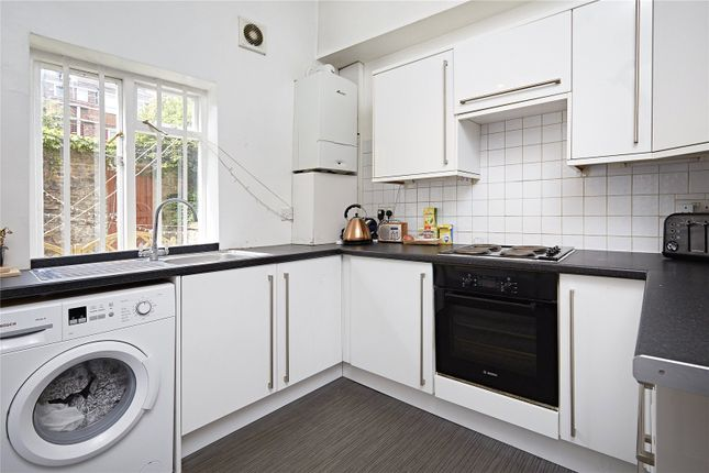 Thumbnail Terraced house to rent in Long Lane, Tower Bridge, London