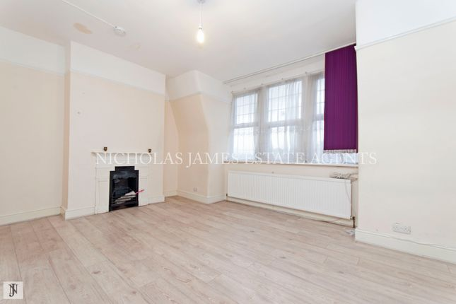Thumbnail Maisonette to rent in High Road, Wood Green