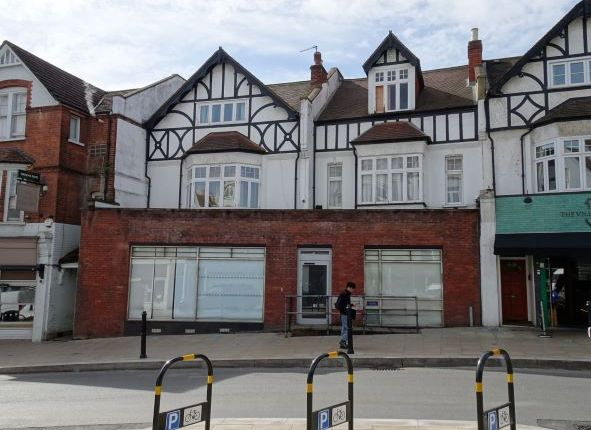Thumbnail Commercial property to let in Replingham Rd, Southfields