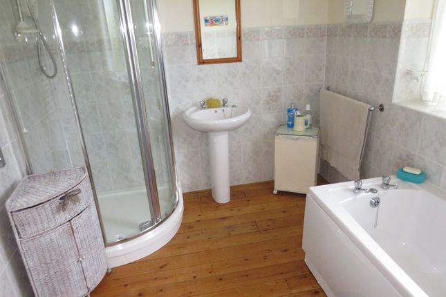 Bathroom of Aunsby, Sleaford NG34