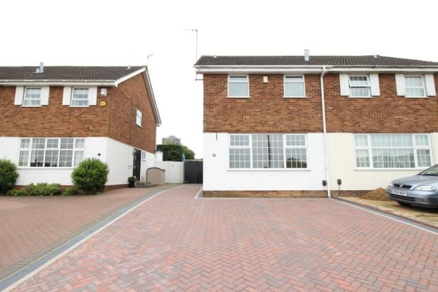 3 bed semi-detached house to rent in Melloway Road, Rushden NN10