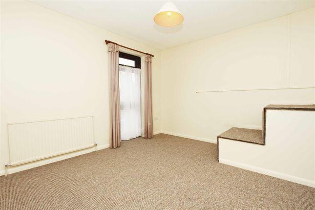 Bedroom of Lambourne Court, Uxbridge UB8