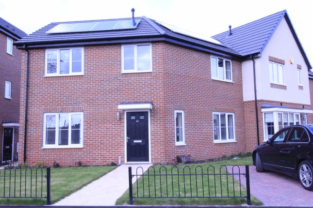 3 bed link-detached house to rent in Hallaton Road, Leicester, Leicester