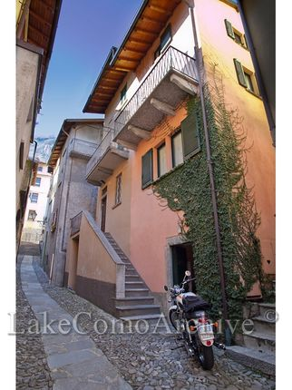 2 bed town house for sale in Sala Comacina, Lake Como, 22010, Italy