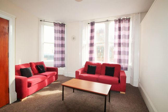 Thumbnail Flat to rent in Ward Road, Dundee