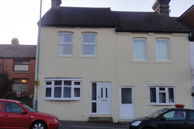 Thumbnail Terraced house to rent in Church Street, Gillingham
