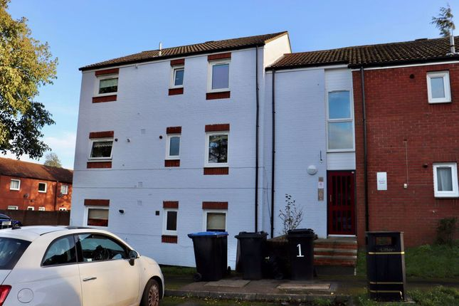 2 bed flat to rent in Benjamin Square, West Hunsbury, Northampton NN4