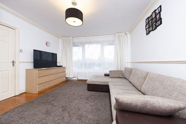 Flat for sale in Shepherd House York Way Estate, Islington