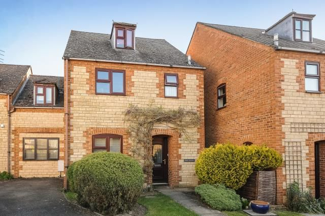 Thumbnail Link-detached house for sale in Newland Mill, Witney
