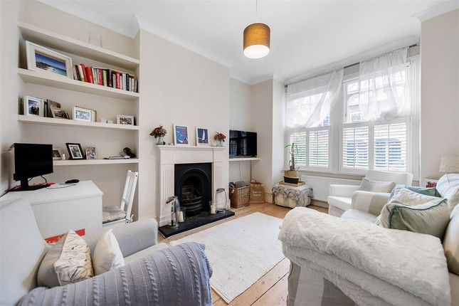 2 bed flat for sale in Hambalt Road, London SW4
