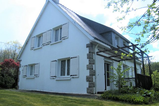 4 bed detached house for sale in 56160 Persquen, Morbihan, Brittany, France