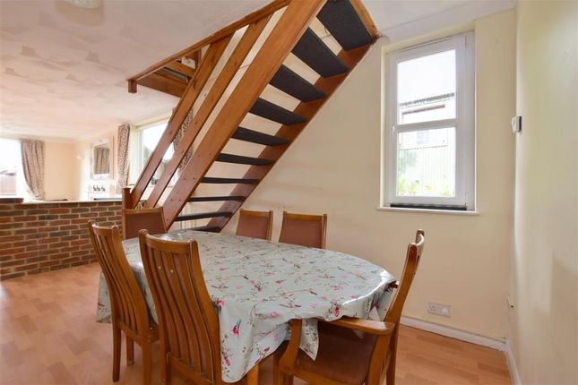 5 bed detached house for sale in Maidstone Road, Staplehurst, Kent