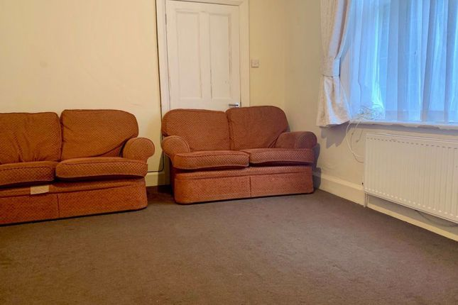 Flat to rent in Gervis Road, Bournemouth