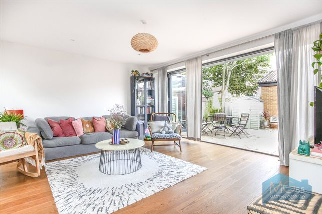 Thumbnail Bungalow for sale in Palmerston Road, Bowes Park, London