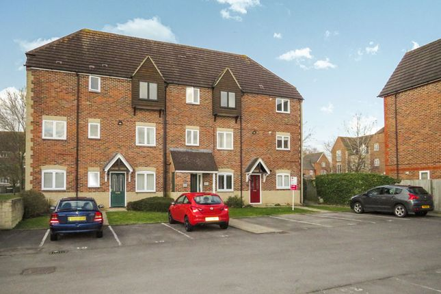Thumbnail Flat for sale in Willow Brook, Abingdon