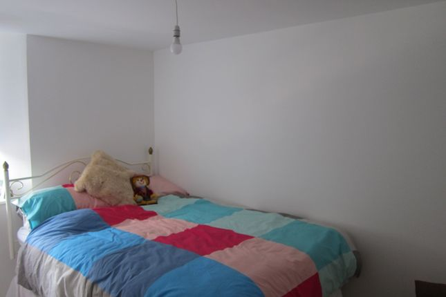 Thumbnail Property to rent in Meadow Street (19), Treforest, Pontypridd