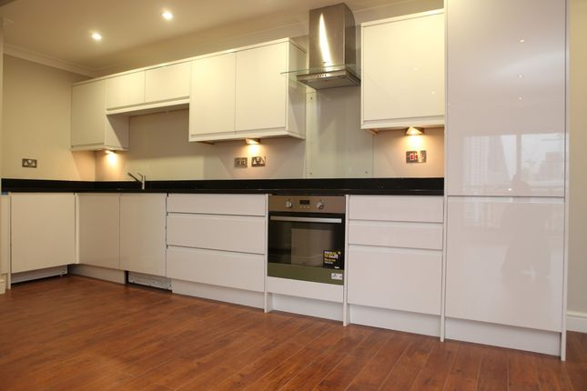 Thumbnail Flat to rent in Batty Street, Aldgate East, London