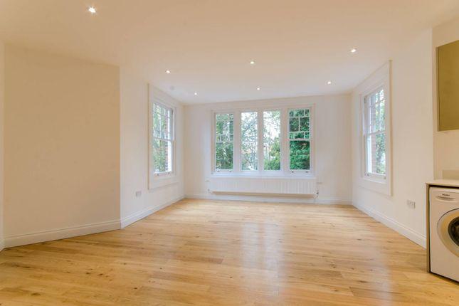 Thumbnail Flat to rent in Wellington Road, Bush Hill Park