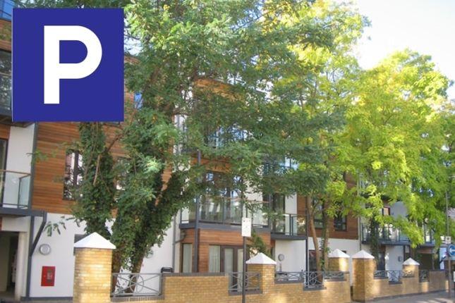 Parking/garage to rent in Furmage Street, London