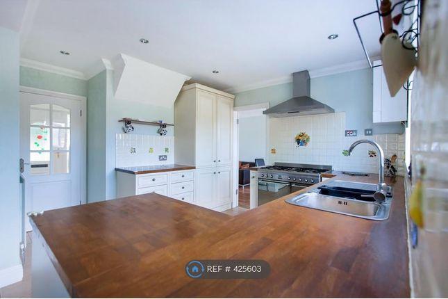Thumbnail Terraced house to rent in Newfield Lane, Hemel Hempstead