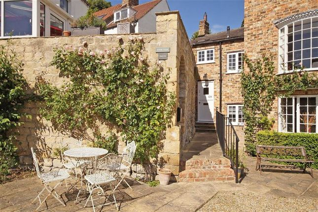 Thumbnail Town house to rent in Briggate, Knaresborough, North Yorkshire