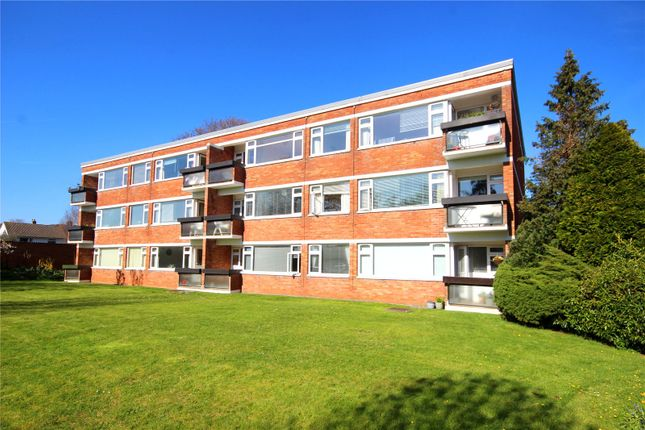 Thumbnail Flat to rent in Greenacres, Rayleigh Road, Westbury On Trym