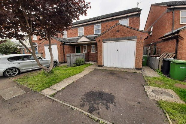 3 bed property to rent in Parnwell, Peterborough PE1