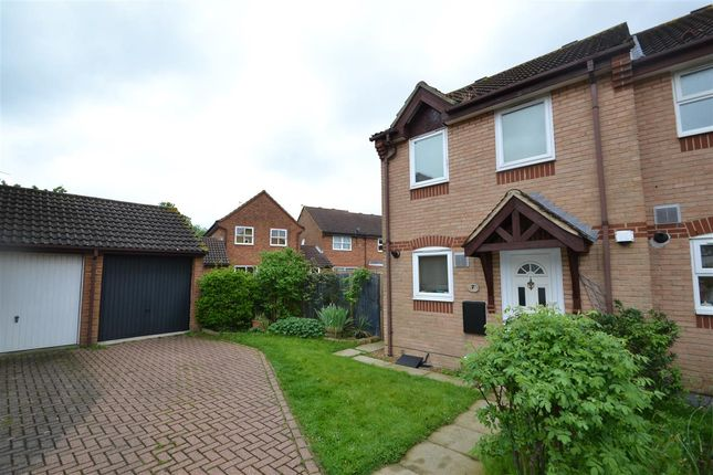 2 bed semi-detached house to rent in Chesterton Drive, Stanwell, Staines TW19