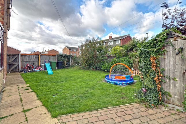 Garden Opt 1 of Nevell Road, Grays RM16