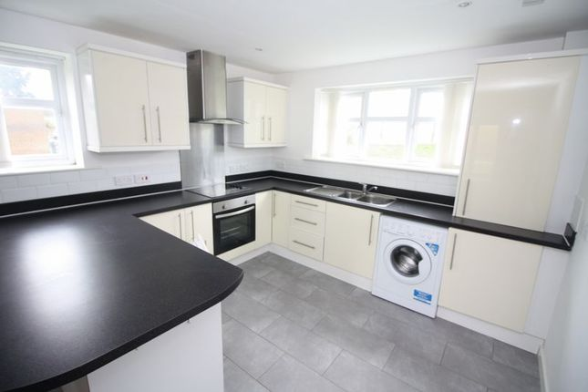 Thumbnail Flat to rent in Dixons Bank, Marton-In-Cleveland, Middlesbrough
