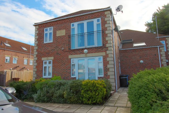 Thumbnail Flat for sale in Charlton Mews, Hull