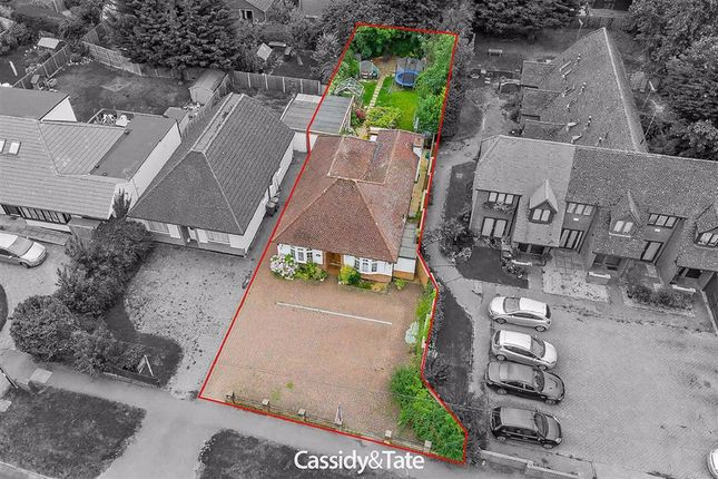 Thumbnail Detached bungalow for sale in Watford Road, St. Albans, Hertfordshire