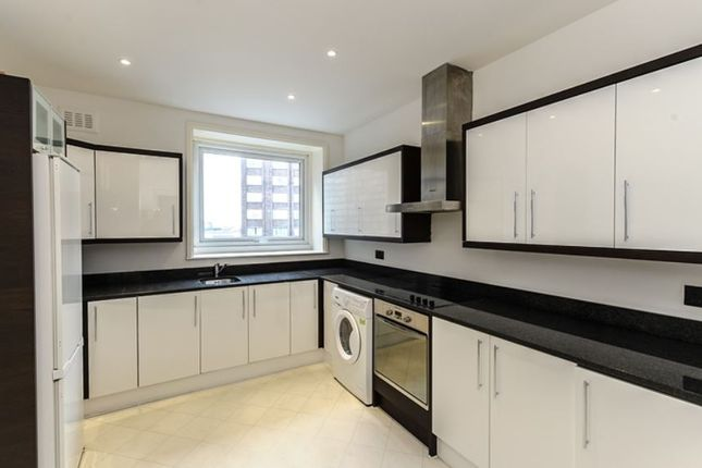 Thumbnail Flat to rent in Penthouse A, Strathmore Court, London