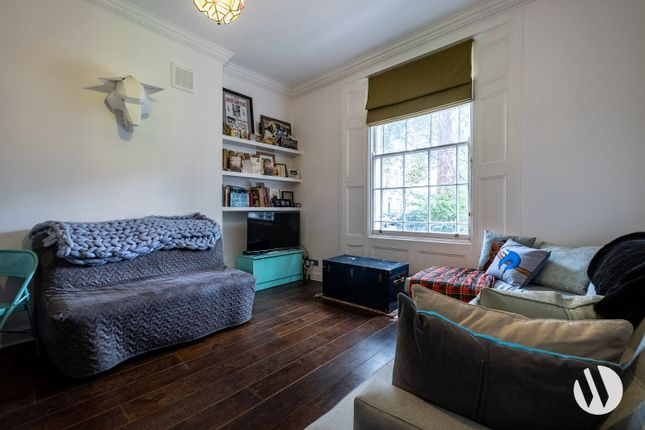 Thumbnail Maisonette to rent in Granville Square, London