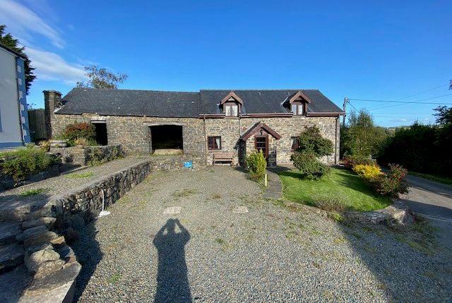 Thumbnail Barn conversion for sale in Ffynnon Gloch, Llanarth, Ceredigion